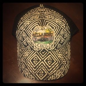 Billabong Accessories - Billabong snapback hat with tribal pattern